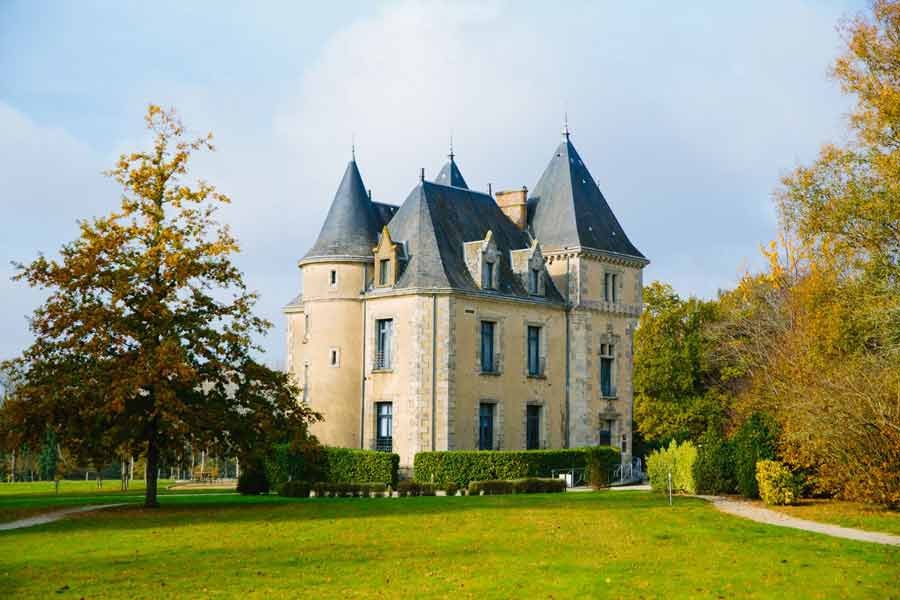 Château-du-Domaine-de-Brandois-en-vendée